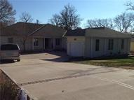 328 N Winnebago Drive Lake Winnebago MO, 64034