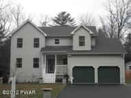 125 Hillside Dr Dingmans Ferry PA, 18328