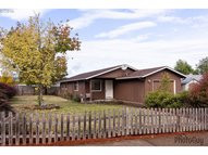 585 S 7th St Creswell OR, 97426