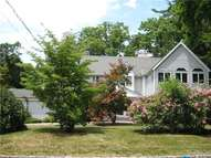 99 Cedar Dr Great Neck NY, 11021