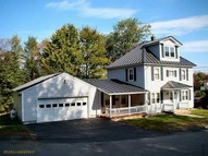 632 Maple Street Rumford ME, 04276