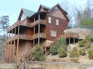 1531 Trappers Ridge Ln Sevierville TN, 37862