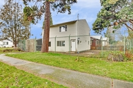 754 S Rose Street Seattle WA, 98108
