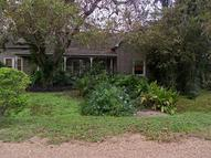 210 Walnut Glen Flora TX, 77443