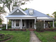 401 Main St Moulton AL, 35650