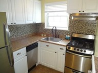 189 Fairharbor Dr Patchogue NY, 11772