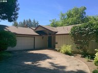 355 Silver Meadows Dr Eugene OR, 97404