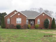238 Barton Dr Normandy TN, 37360