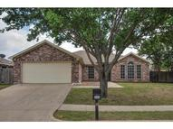 866 W Lynn Creek Drive Arlington TX, 76001