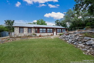 6844 County Road 271 Mico TX, 78056