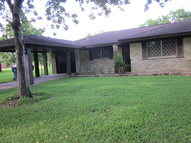 104 Kirton Court West Columbia TX, 77486