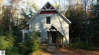 15848 E Cherry Park Drive Northport MI, 49670