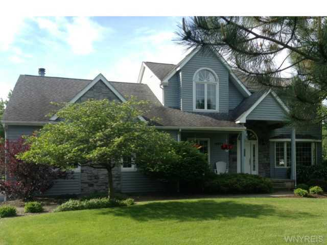 10571 Westerwald Ln Clarence NY, 14031