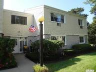 42 Richmond Blvd 4b Ronkonkoma NY, 11779