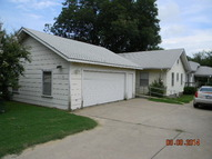 415 S 10th Ponca City OK, 74601
