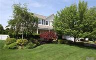 3 Bayberry Ct Holtsville NY, 11742