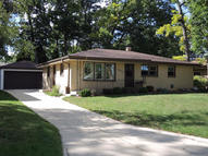 5245 S 7th St Milwaukee WI, 53221