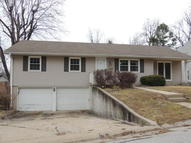 1302 Jefferson Dr Boonville MO, 65233