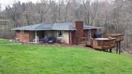 151 Brent Heights Dr Chester WV, 26034