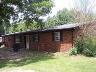 281 Riverside Loop Lily KY, 40740