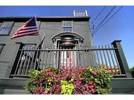 24 Houston Av Newport RI, 02840