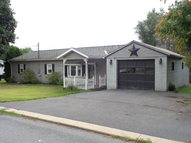 1734 Valley View Drive Lewistown PA, 17044