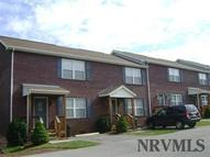 160 Hunters Ridge Ln Christiansburg VA, 24073