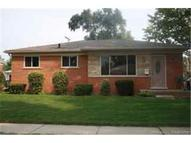 28124 Gilbert Drive Warren MI, 48093