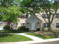 142 East Winchester Road East D Libertyville IL, 60048