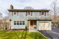 76 Forest Dr East Northport NY, 11731