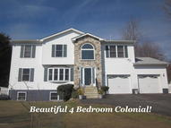 1655 Glade Dr Long Pond PA, 18334