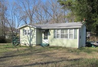 523 Franklin Avenue Bridgeport AL, 35740