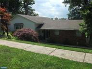 2072 Roselyn Dr Feasterville Trevose PA, 19053