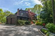 26 Cottontail Rd Melville NY, 11747
