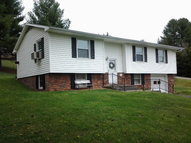 716 Cresswood Richlands VA, 24641