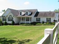 5179 Meadow Wood Dr Bon Aqua TN, 37025