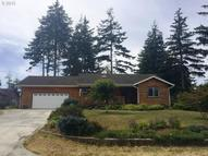 1178 11th St Se Bandon OR, 97411