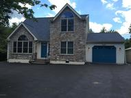 444 Clearview Dr Long Pond PA, 18334