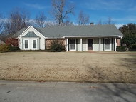 560 Gaylo Drive Greenville MS, 38701