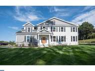 1 Hunters Ln Chester Heights PA, 19017