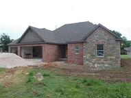 1652 Coopers Cove Fayetteville AR, 72701