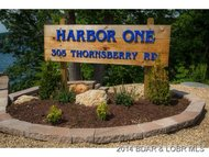 305 Thornsberry Rd. Lake Ozark MO, 65049