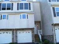 1004 Pondview Loop 1 Wappingers Falls NY, 12590