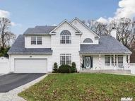 3 Beechwood Ct Lake Grove NY, 11755
