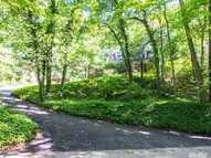 280 Highwood Cir Oyster Bay NY, 11771