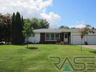 703 N Catherine Ave Madison SD, 57042