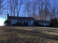 1726 State Route 603 Lucas OH, 44843
