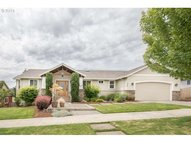 447 Nw Mt Mazama St Mcminnville OR, 97128