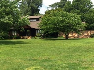 536 Fate Lutz Road Hanson KY, 42413