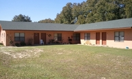 125 N. Davis Lane Unit25 Defuniak Springs FL, 32433